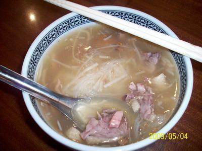 新營華味香鴨肉米粉羹 傑說 湯頭整個鴨肉味很重 鴨肉煮久仍很軟不向一般煮的硬_大小 .jpg