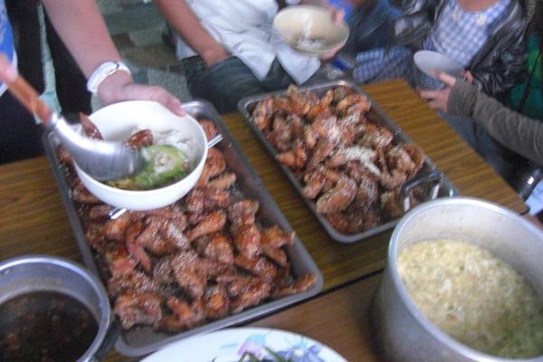 晚餐吃超好是雞翅!!
