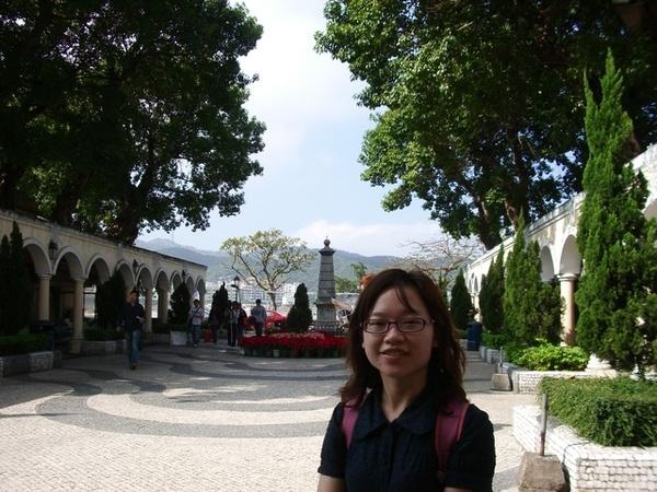 聖芳濟各教堂前庭
