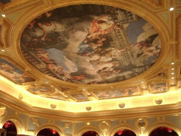 美麗的天花板壁畫