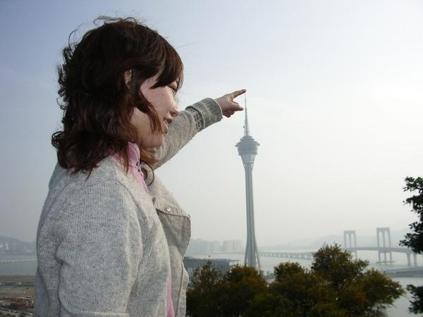 你沒台灣101高啦!!