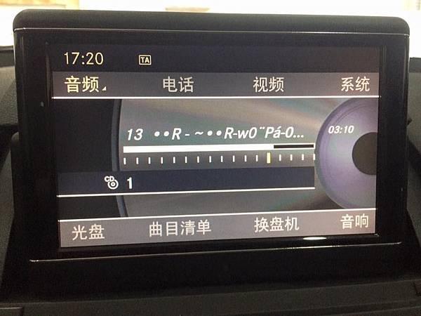 正10C300大螢幕-4