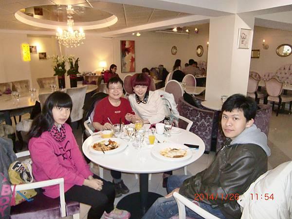 東區西餐廳 045