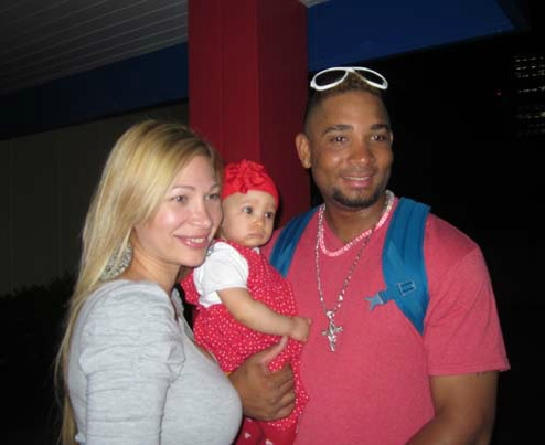 Photo of Wladimir Balentien & his  Daughter  Jenilee Balentien