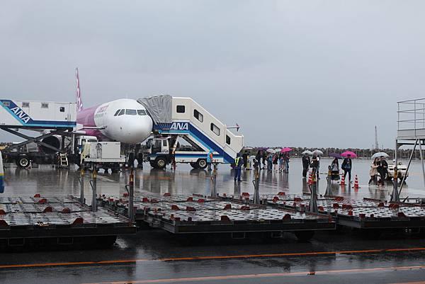 第一天到沖繩下個雨,不過還是興奮到不行!