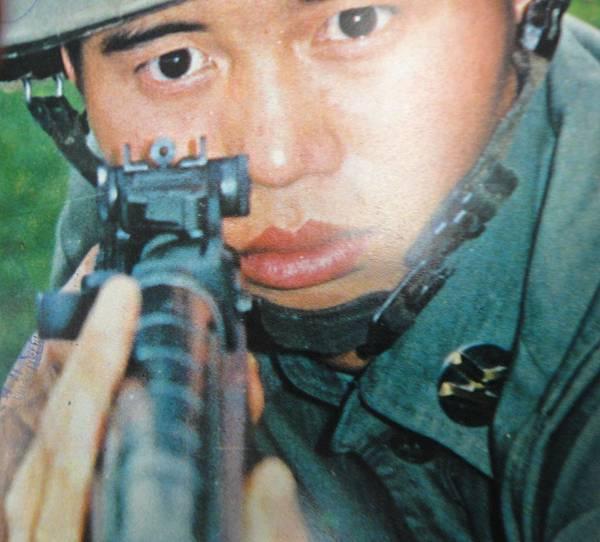 中國陸軍畫刊6906-1下是老K章