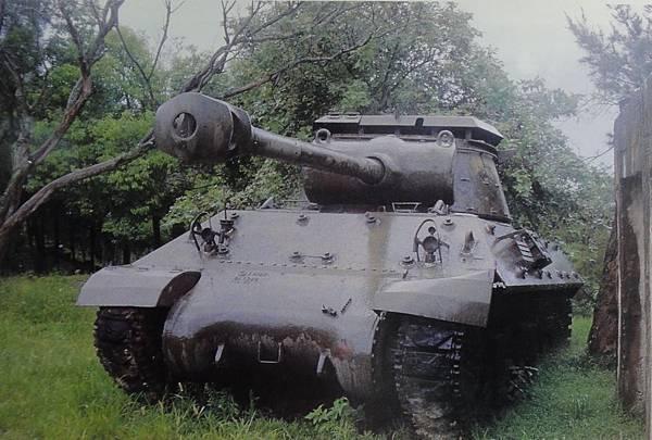 勝利之光8608-9二膽M36砲車