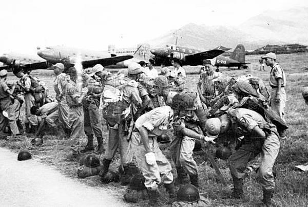傘兵演習5.35年9月