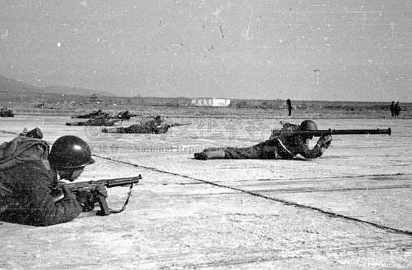 陸空演習傘兵28.35年12月
