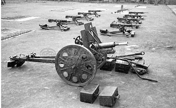 日軍武器8.34年10月