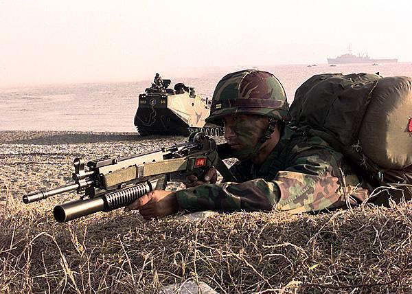 ROK_Marine_with_K2