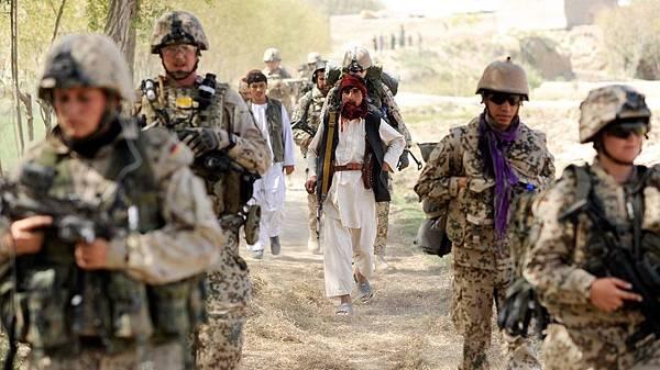 bundeswehr-in-afghanistan-100~_v-img__16__9__xl_-d31c35f8186ebeb80b0cd843a7c267a0e0c81647.jpg