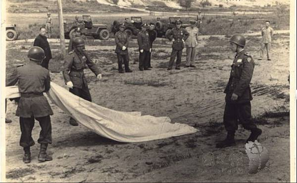 1947.5傘兵17.jpg