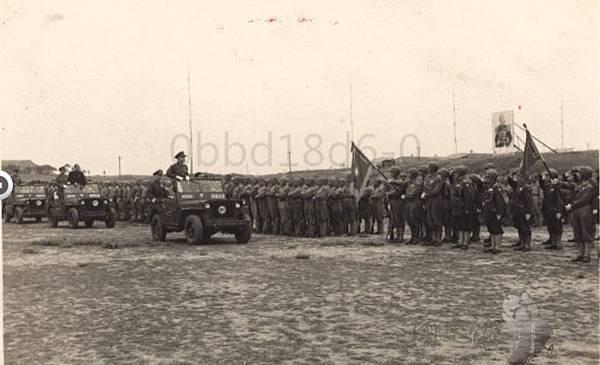 1947.5傘兵8.jpg