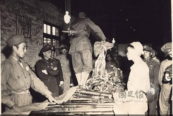 1947.5傘兵11.jpg