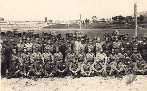 1947.5傘兵10.jpg