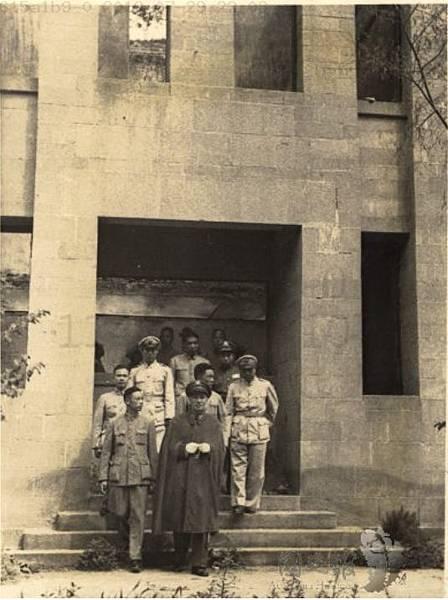 1947延安3毛澤東.jpg