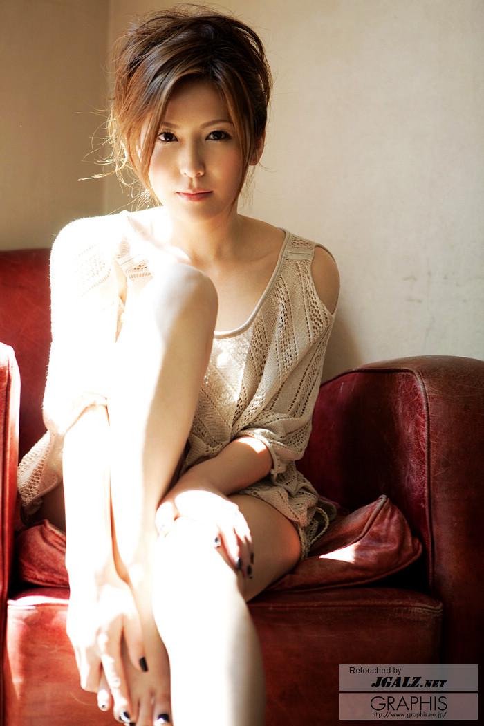 jgalz_gra_yuna-s047.jpg