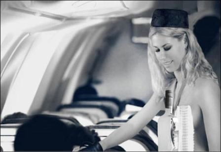 西班牙空姐.jpg