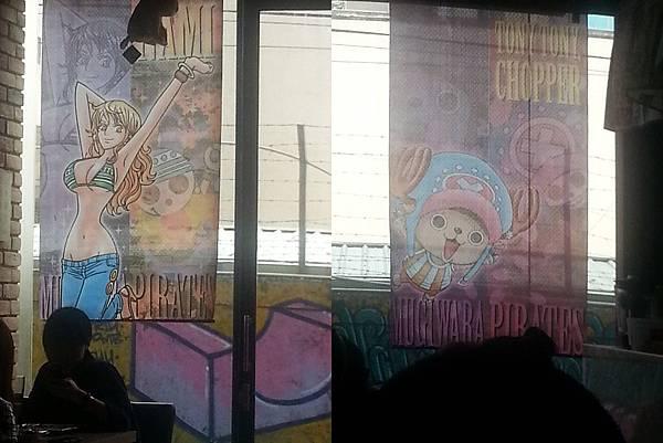 後窗的大型海報.jpg