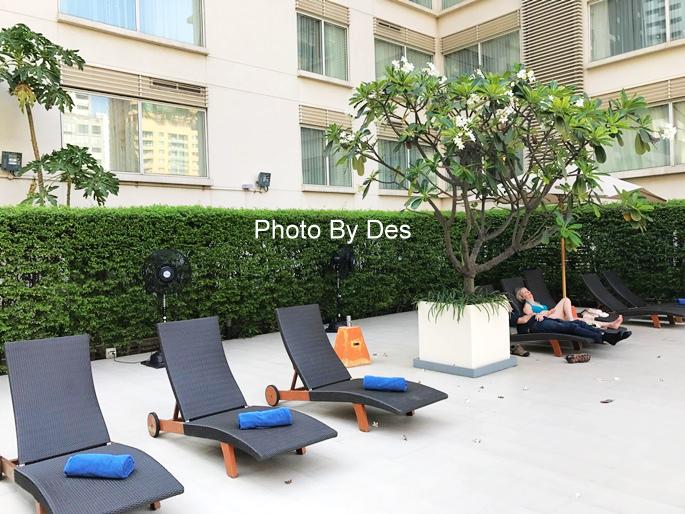 Courtyard_61.JPG