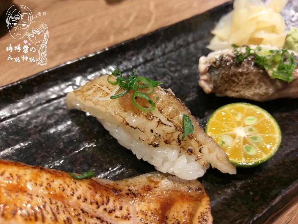 百魚鮮食屋比目魚鰭邊肉握壽司