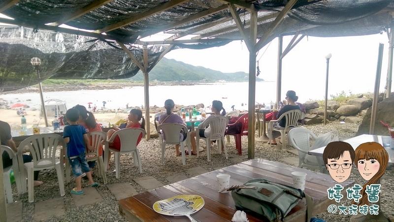 黃金咖啡海岸遮棚座位店外環境看海