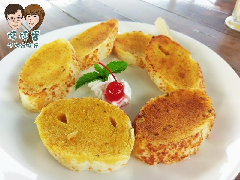 黃金咖啡海岸烤法國香蒜麵包