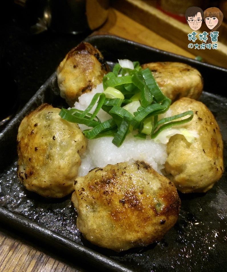 Nagi凪拉麵 止拉麵拳餃子 酥脆好吃 配蘿蔔泥蔥花