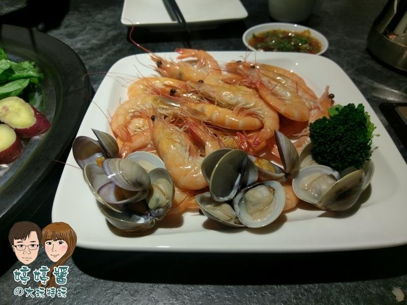 漉海鮮鮮活海蝦 300g+季節貝類 300g
