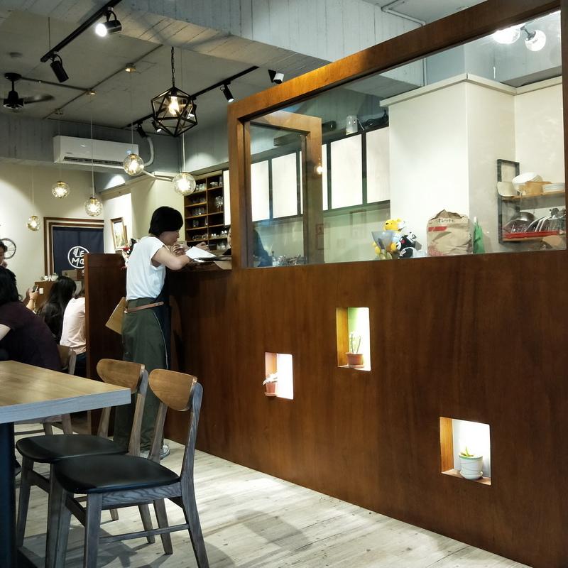 楽麥樂麥舒芙蕾製造所店內環境座位