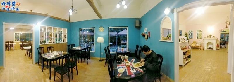 苗栗岩川莊園餐廳櫃檯座位