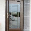 日式格柵玻璃門
