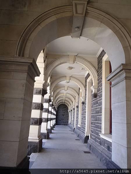 但尼丁車站迴廊