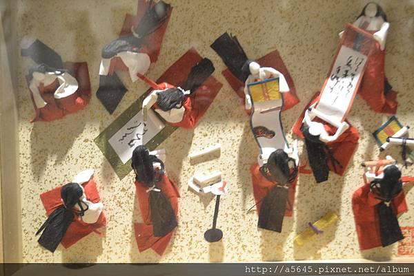 10人紙雕