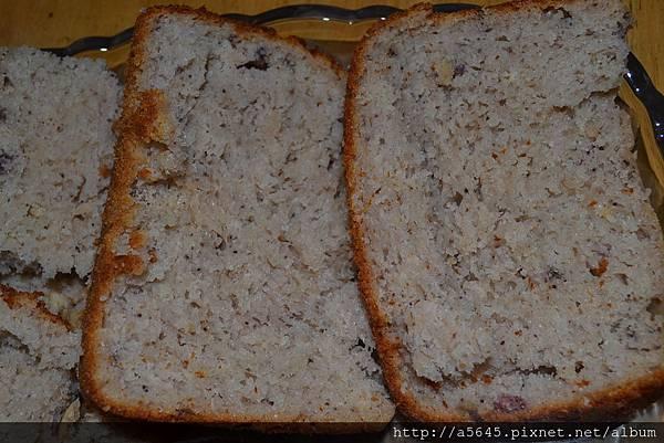 小紅莓乳酪麵包