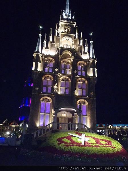 晚上豪斯登堡教堂