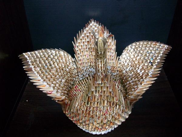 三角摺紙-金色天鵝