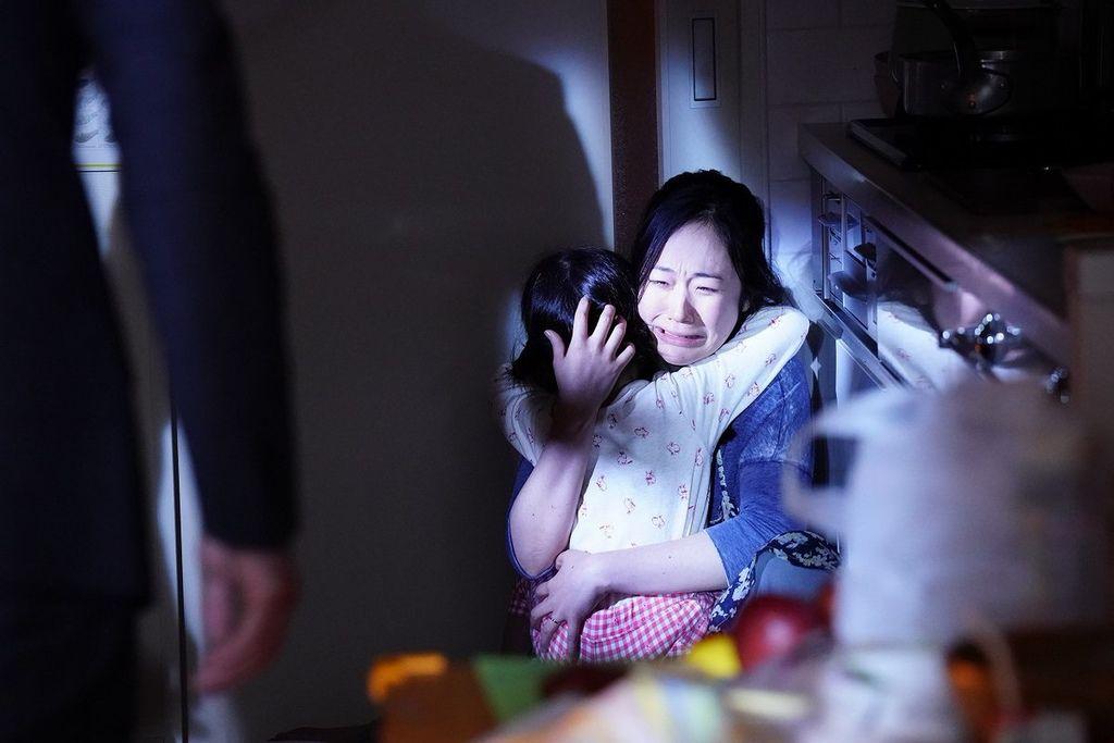 黑木華飾演精神異常的母親