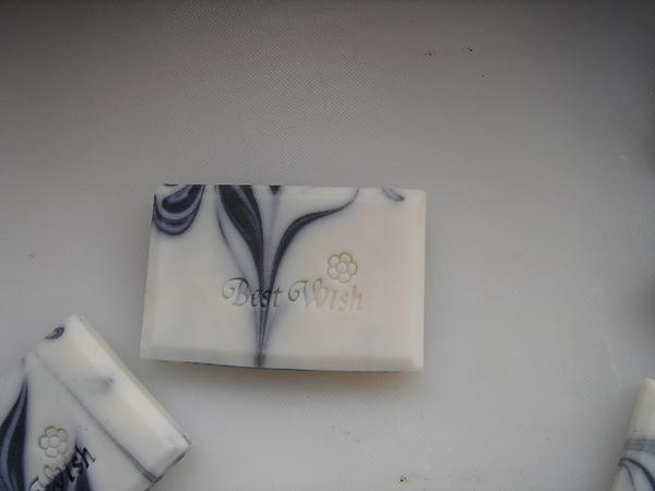 竹碳甜橙皂2.JPG