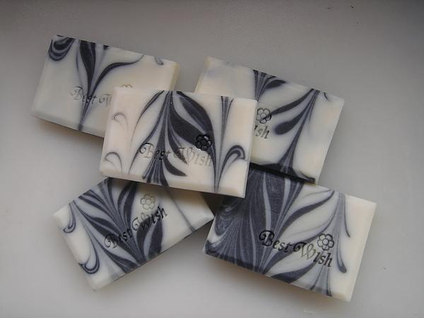竹碳甜橙皂1.JPG