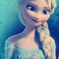 Elsa-frozen-35732353-369-548.jpg