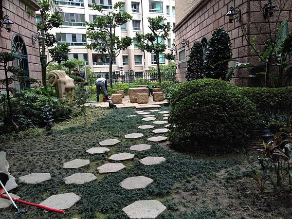 中悅花園廣場社區步道 詹劼晟:0970-777809 社區專家 歡迎來電洽詢