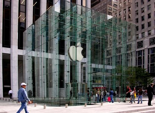 [設計討論]歐洲品牌教父,行銷之父,多明尼克.夏代爾博士Dominique Xardel_對於台灣品牌Brand的看法,提供廣告行銷策略的建議(Steve Jobs,賈伯斯傳,HTC,宏達電,三星,Samsung,Apple Iphone,蘋果,advertisement,廣告,行銷,Marketing,promote,4P,社群媒體,Social Media,專賣店,Apple Store,企業文化,市場調查)003