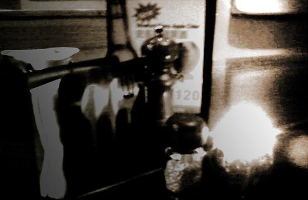 食記 Coda義美式料理,Coda & Bongos 公館商圈同學出國前聚餐 (手工PIZZA,亞洲沙拉,牛肉堡,加拿大老闆 Andrew)