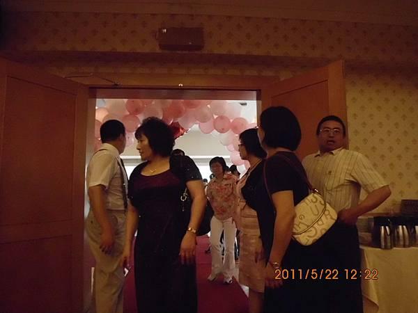 進添女兒婚宴集景 076.JPG
