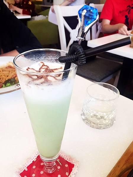 oyami新咖啡廳 三號出口新埔_637