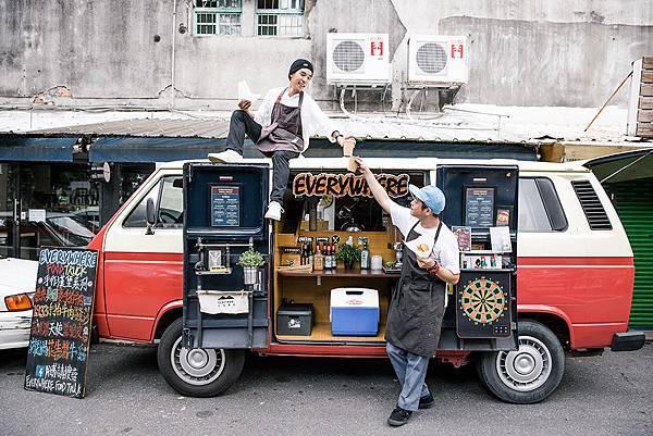 中華宇泰招牌 設計餐車招牌