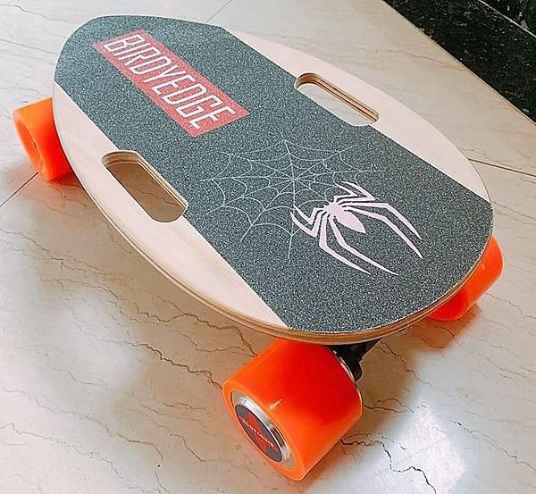 BIRDYEDGE電動滑板.jpg