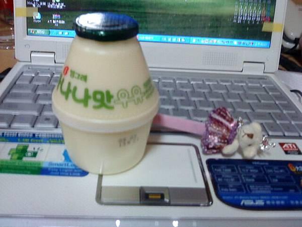 香蕉牛奶,我的最愛^^